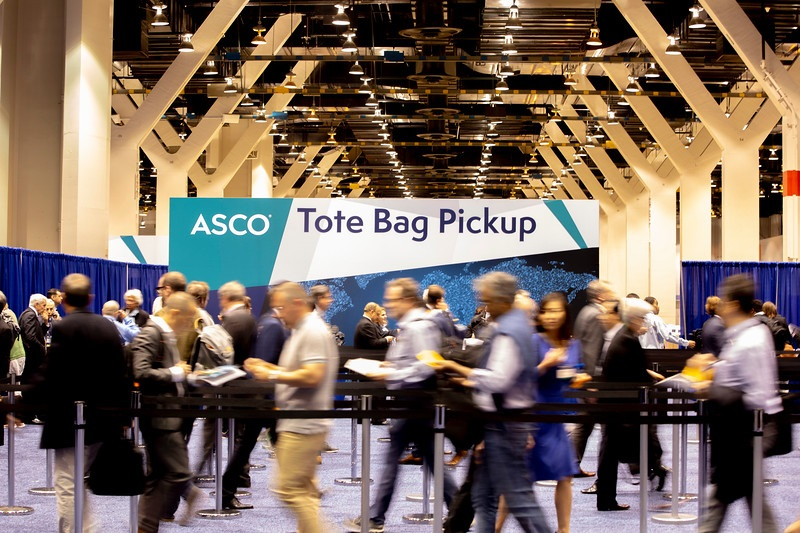 Asco 2020 - abstract dump triggers first moves   Evaluate