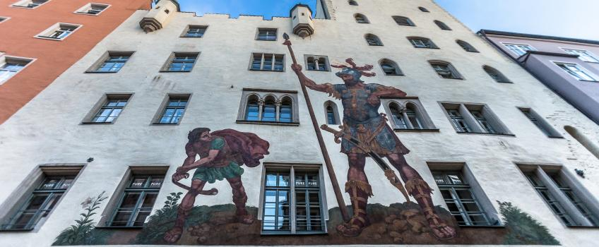 Painting on building of David and Goliath